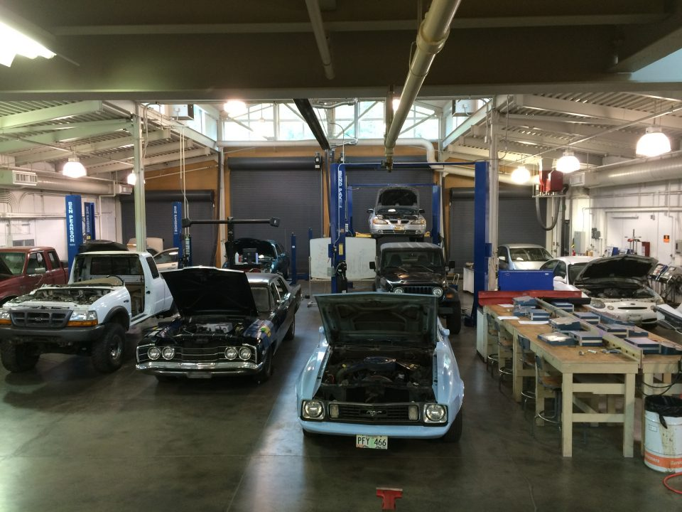 photo of cars in tha auto bay