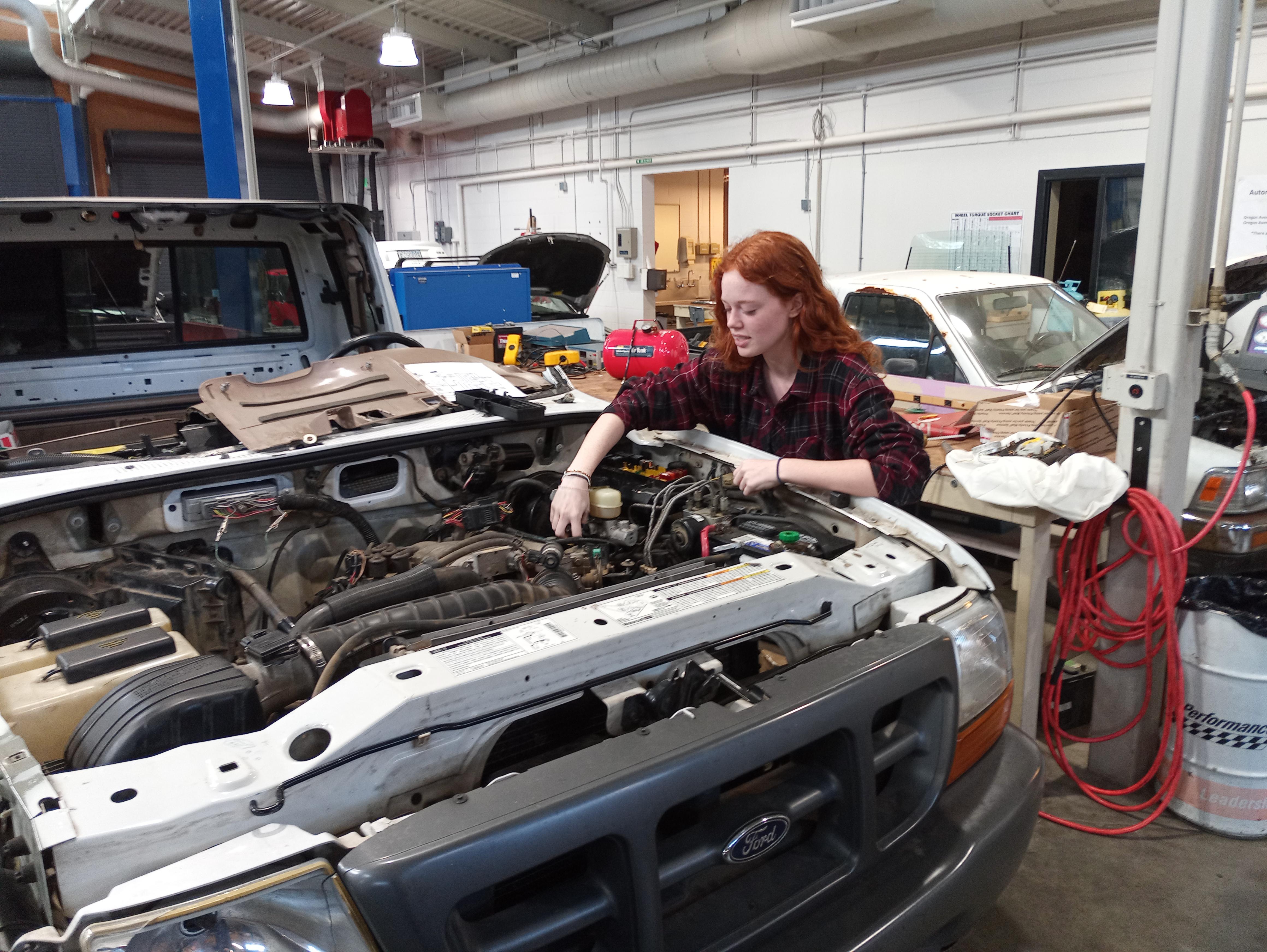 Automotive Technician Image